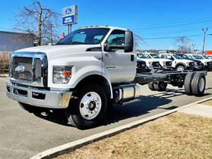 2021 Ford F650 Regular Cab - Cab & Chassis