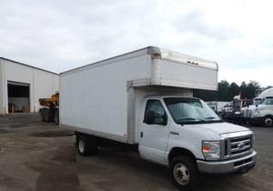2016 Ford E450 - Box Truck