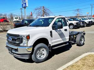 2021 Ford F350 Regular Cab 4x4 - Cab & Chassis