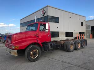 2002 International 2674 - Cab & Chassis