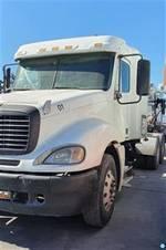 2007 Freightliner Columbia - Sleeper Truck