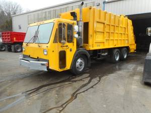 2008 CCC LET2-46 - Refuse Truck