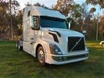 2016 Volvo VNL - Sleeper Truck