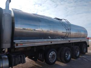 2006 Walker 6000GALLON - Milk Truck