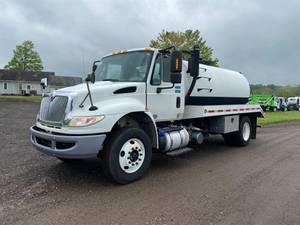 2015 International 4300 - Vacuum Truck