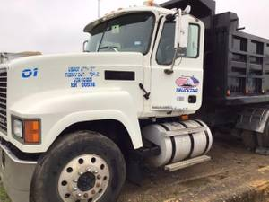 2008 Mack CH613 - Dump Truck