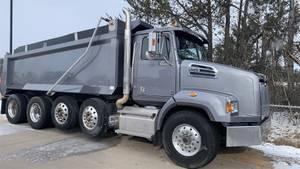 2017 Western Star 4700SB - Dump Truck