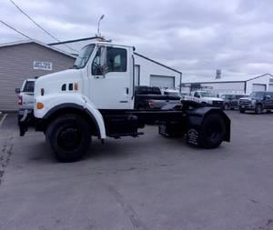 2001 Sterling L7500 - Semi Truck