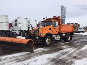 2007 Mack CV712 - Plow Truck