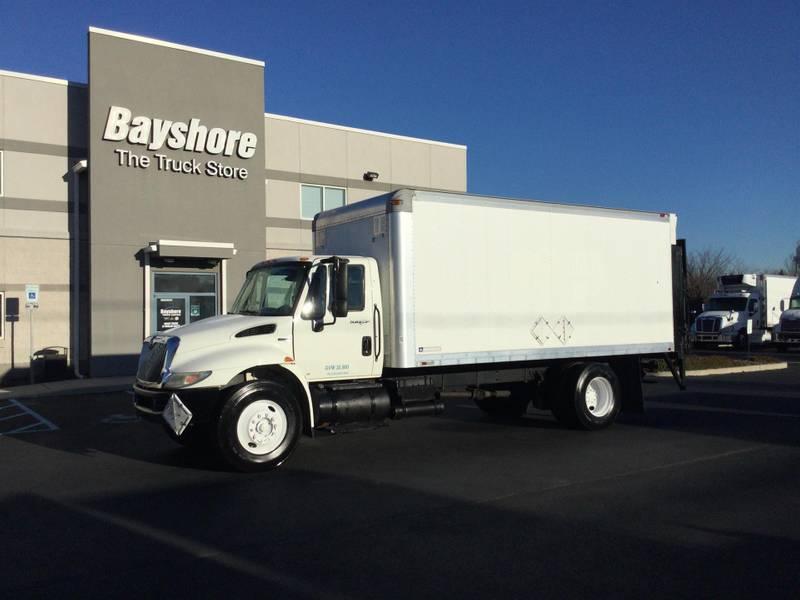 2009 International 4300 Box Truck