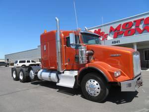 "2016 Kenworth T800B 62""  ACF - Sleeper Truck"