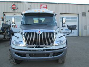 2020 International HV607 - Refuse Truck