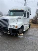 2010 Freightliner C120 - Sleeper Truck
