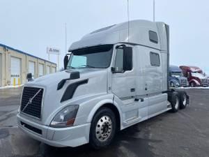 2018 Volvo VNL64T780 - Sleeper Truck