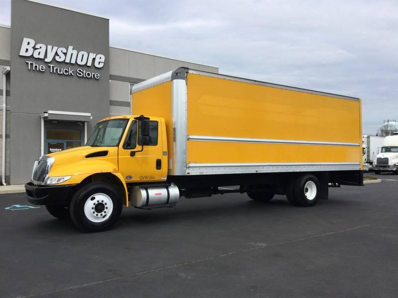 2017 International 4300 Box Truck
