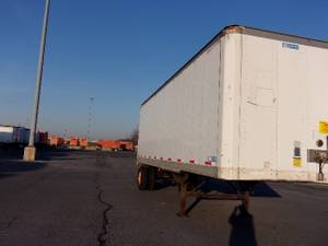 2010 Stoughton Van - Dry Van