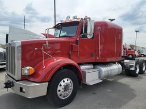 2009 Peterbilt 367 - Sleeper Truck