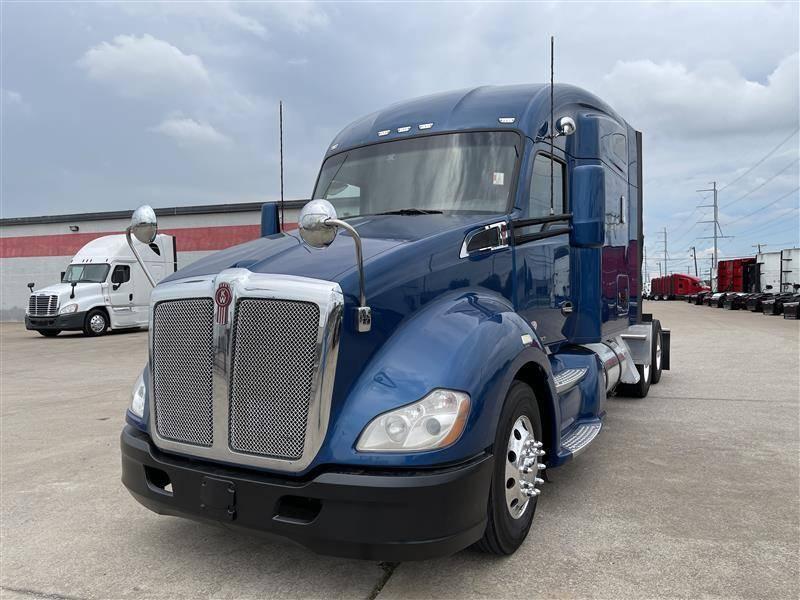 2018 Kenworth T680 Sleeper Truck