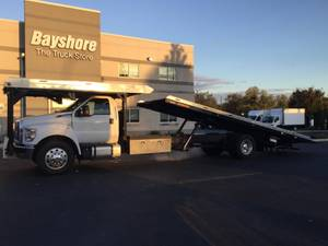2017 Ford F750 - Day Cab