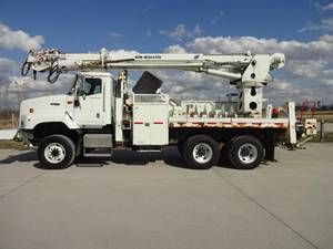 2007 International PayStar - Utility Truck