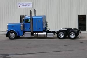 2020 Peterbilt 389EXHD - Sleeper Truck
