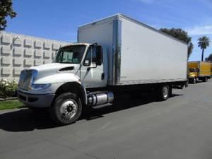 2015 International 4300 26' VAN CL - Box Truck