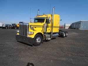 2014 Peterbilt 389 - Sleeper Truck