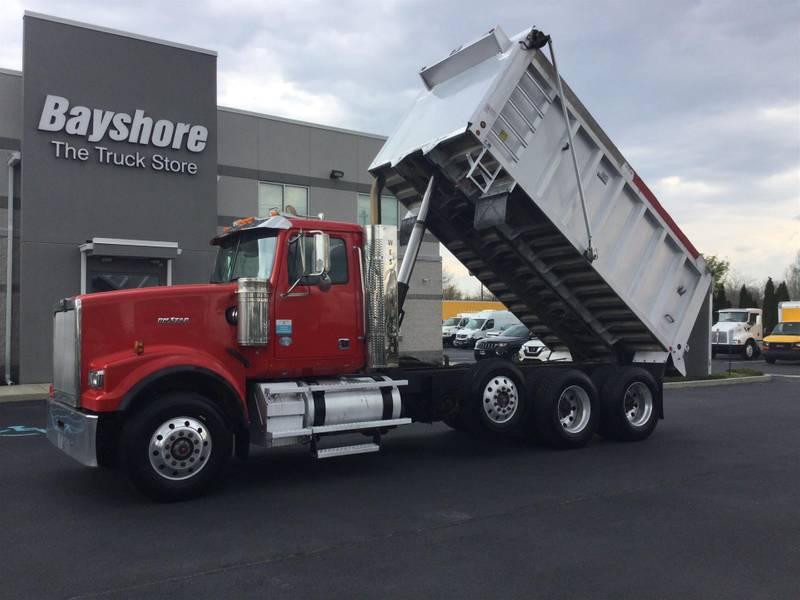 2015 Western Star 4900SF Dump Truck