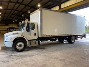 2016 Freightliner M2 106 - Box Truck