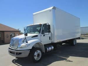 2016 International 4300 LP - Box Truck