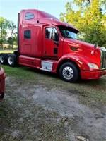 2013 Peterbilt 587 - Sleeper Truck