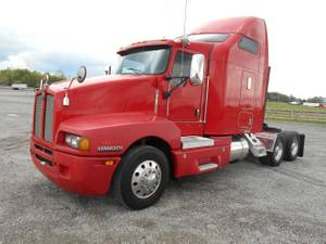 2005 Kenworth T600 - Tractor