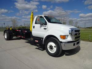 2006 Ford F750 - Roll-Off