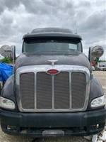 2009 Peterbilt 387 - Sleeper Truck