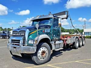 2015 Mack GU713 - Roll-Off