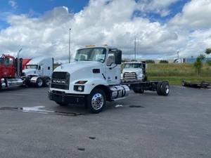 2022 Mack MD642 - Cab & Chassis