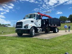 2022 Mack MD742 - Refuse Truck