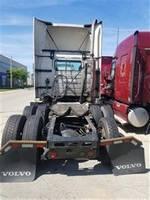 2010 Volvo - Sleeper Truck