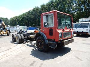 1984 Mack MR685S - Cab & Chassis