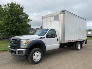 2016 Ford F-450 - Box Truck