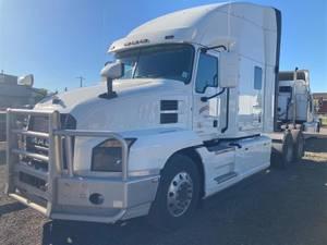 2019 Mack ANTHEM - Sleeper Truck
