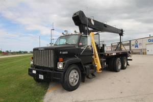 1996 GMC Brigadier - Crane Truck