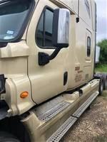2013 Freightliner CASCADIA CA125SLP - Sleeper Truck