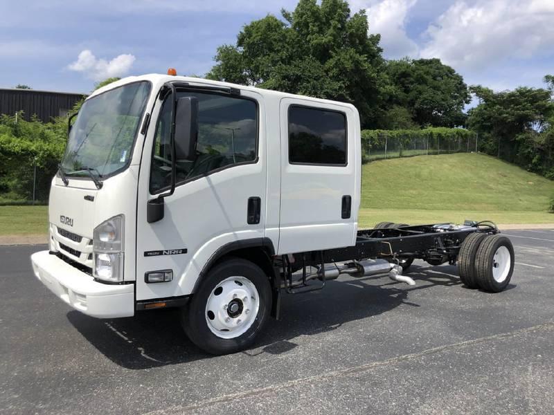 2022 Isuzu NRR (4) Door Cab & Chassis