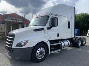 2019 Freightliner Cascadia CA126 - Tractor