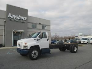 2004 Chevrolet C8500 - Cab & Chassis