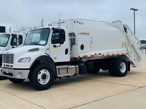 2022 Freightliner M2 106 - Day Cab