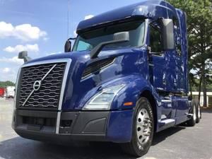 2019 Volvo VNL760 - Sleeper Truck