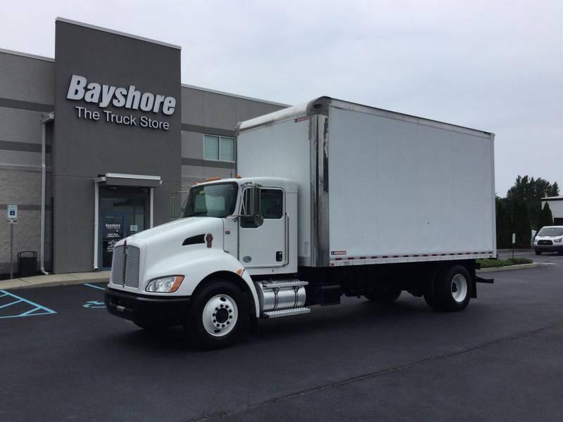 2017 Kenworth T270 Box Truck
