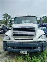 2006 Freightliner Columbia - 120 - Sleeper Truck